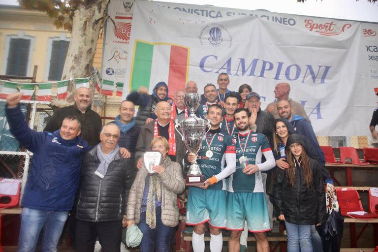 Siamo campioni d'Italia di pallapugno. Una bella storia di uomini e di sport